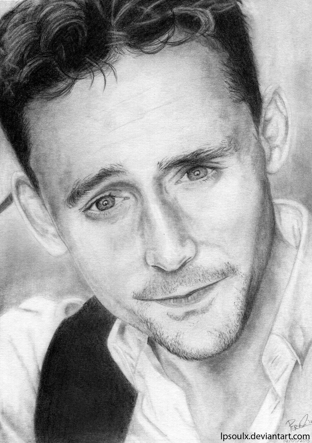 Tom Hiddleston by LPSoulX