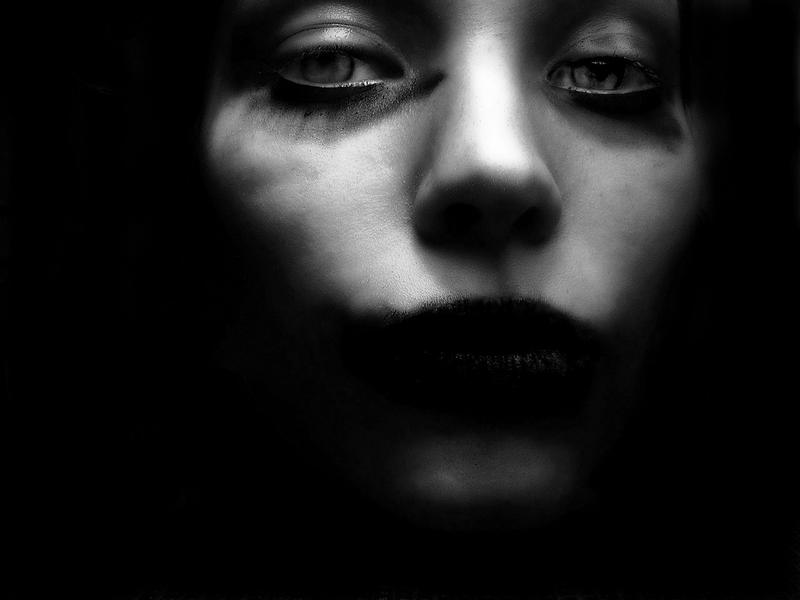 Darkness' Eyes by Devadevil
