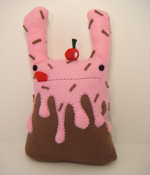 Strawberry Sundae Drizzle by loveandasandwich