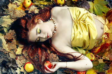 Autumn lullaby... by Evelin-Novemberdusk