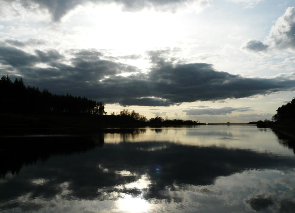 Cloudy evening mk II by richi156