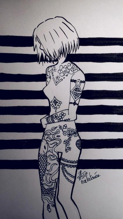 Nude-tattoo