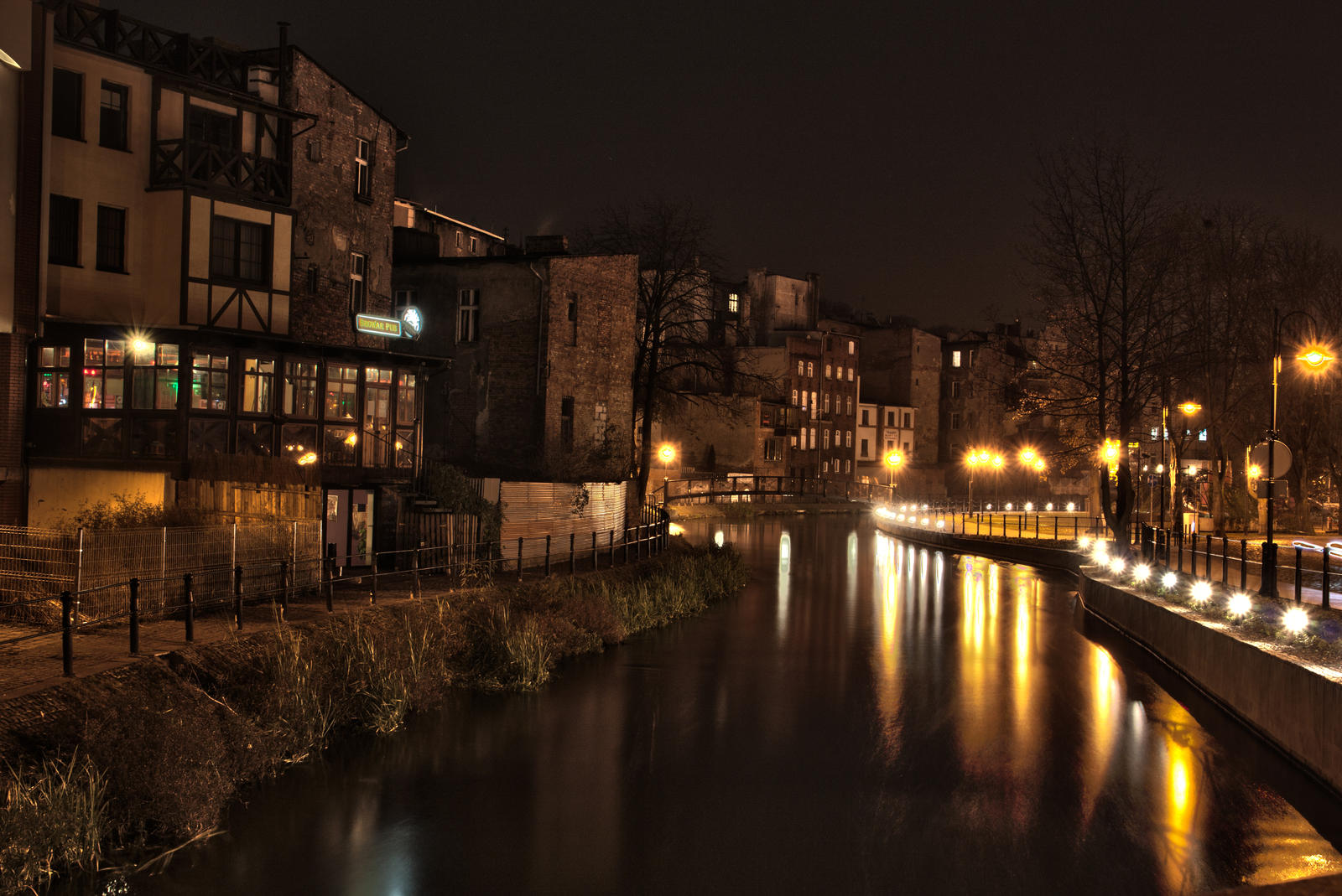 Bydgoszcz Venice at Night by hutuu