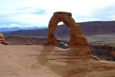 Delicate Arch with Raven by lehighost
