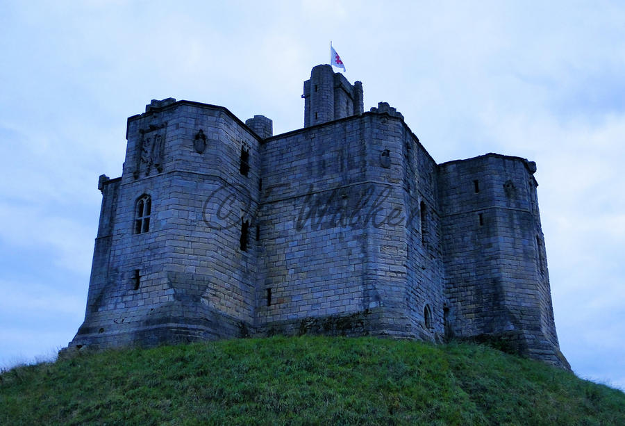 Warkworth Castle by LittleMissMischief