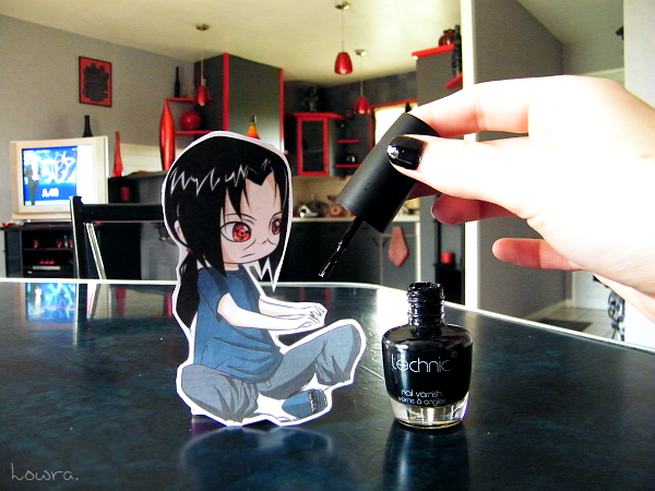 Itachi's Nails - Paperchild by MlleLowra
