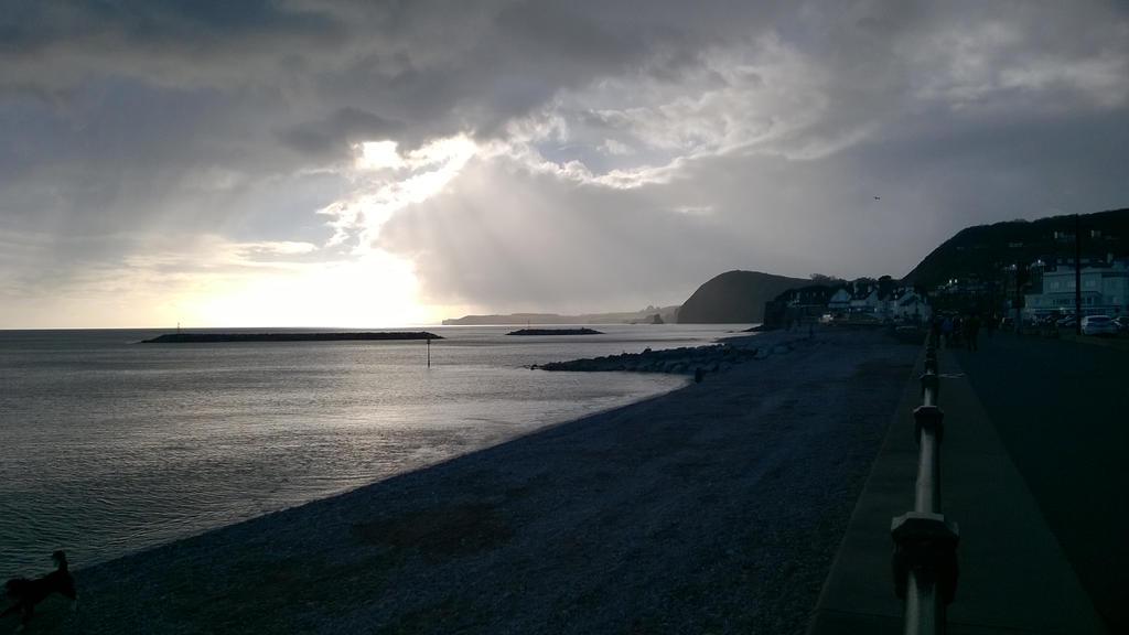sunlight on the cliffs by Divarose