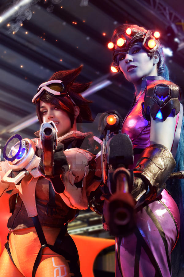 Widowmaker and Tracer by LauraCraftCosplay