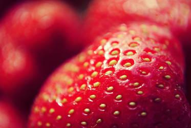 Sweet Strawberry by Bamboocha87