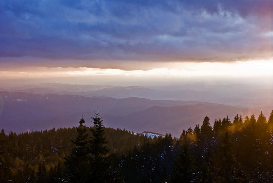 Sun_Rays_by_LordBalder.jpg