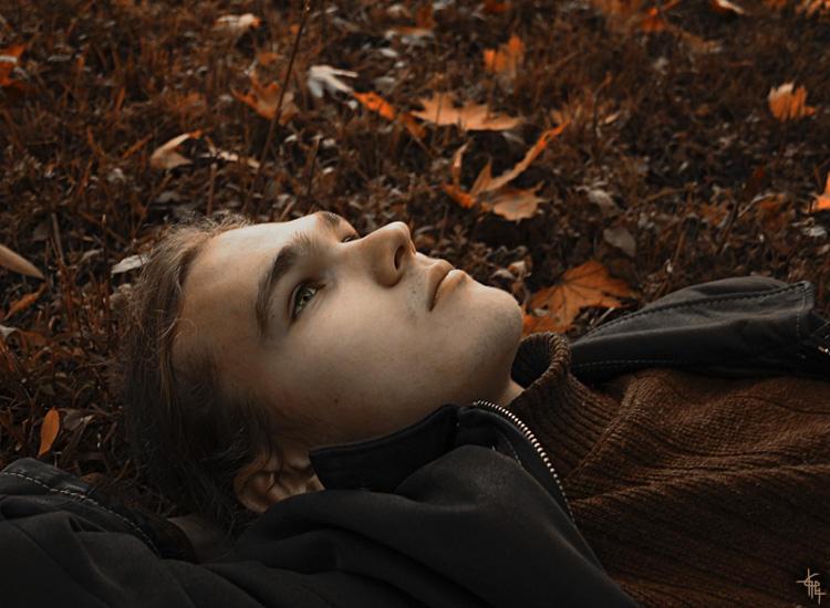 Autumn boy by Elipa