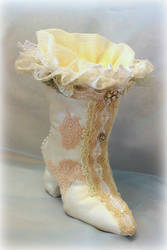 Elegant decorative victorian shoe by Dolly-chan