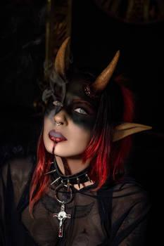 Scarlet Starr Demon Hunter