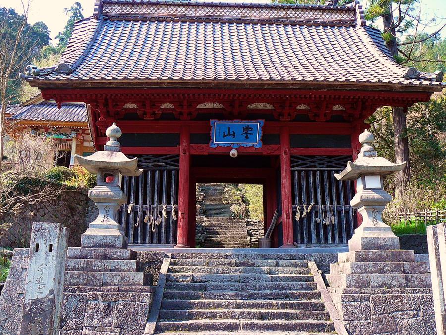 Chokokuji Temple Gate by katters