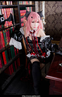 Seraph of the End Cosplay 7