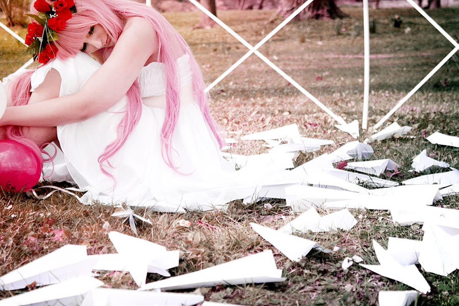 Vocaloid: Luka 6 by Amapolchen