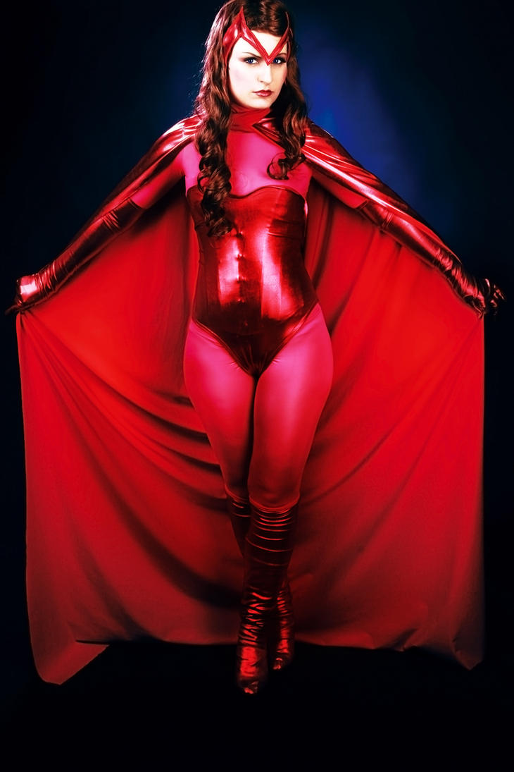 Marvel: Scarlet Witch / Wanda Maximoff - 2 by Amapolchen