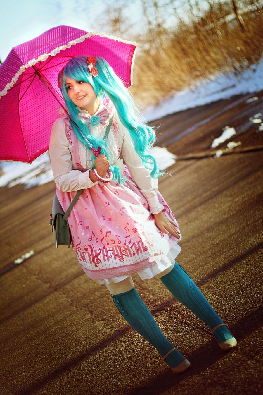 Vocaloid: Miku (Melt) by Amapolchen