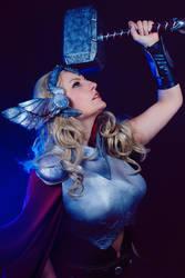 Thor 1 by Amapolchen