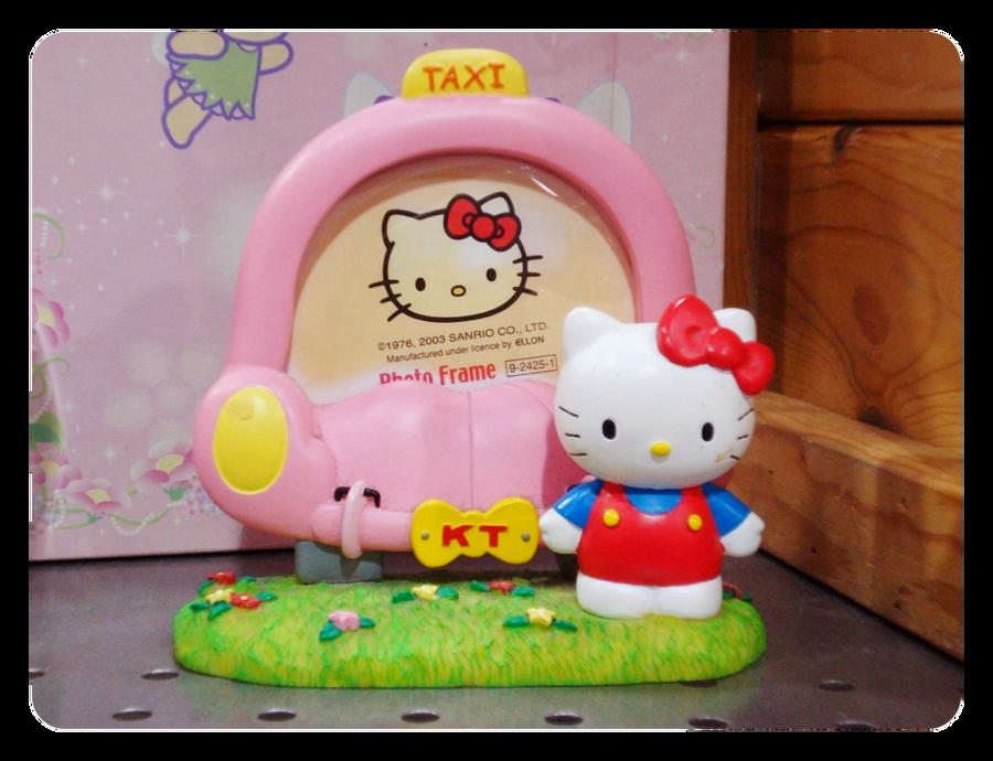 Hello Kitty photo frame by torontojackco