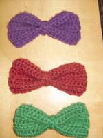 Crochet bows by Sugarcoatidli3z
