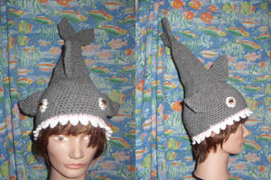 Shark hat by Sugarcoatidli3z