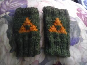 Triforce Fingerless gloves