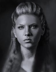 Lagertha (Hladgerdr) by VikingSif