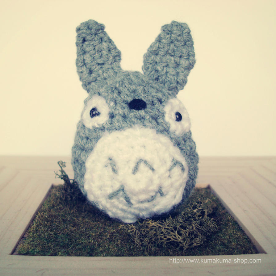Totoro En Amigurumi : Totoro amigurumi by kumakumashop on DeviantArt