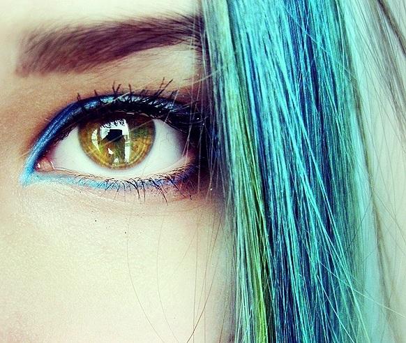 Фото девушек с цветными волосами на аву в вк