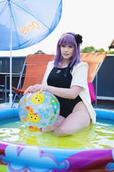 Pool Hotaru