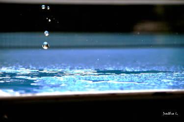 Wassertropfen by Lions4thDimension
