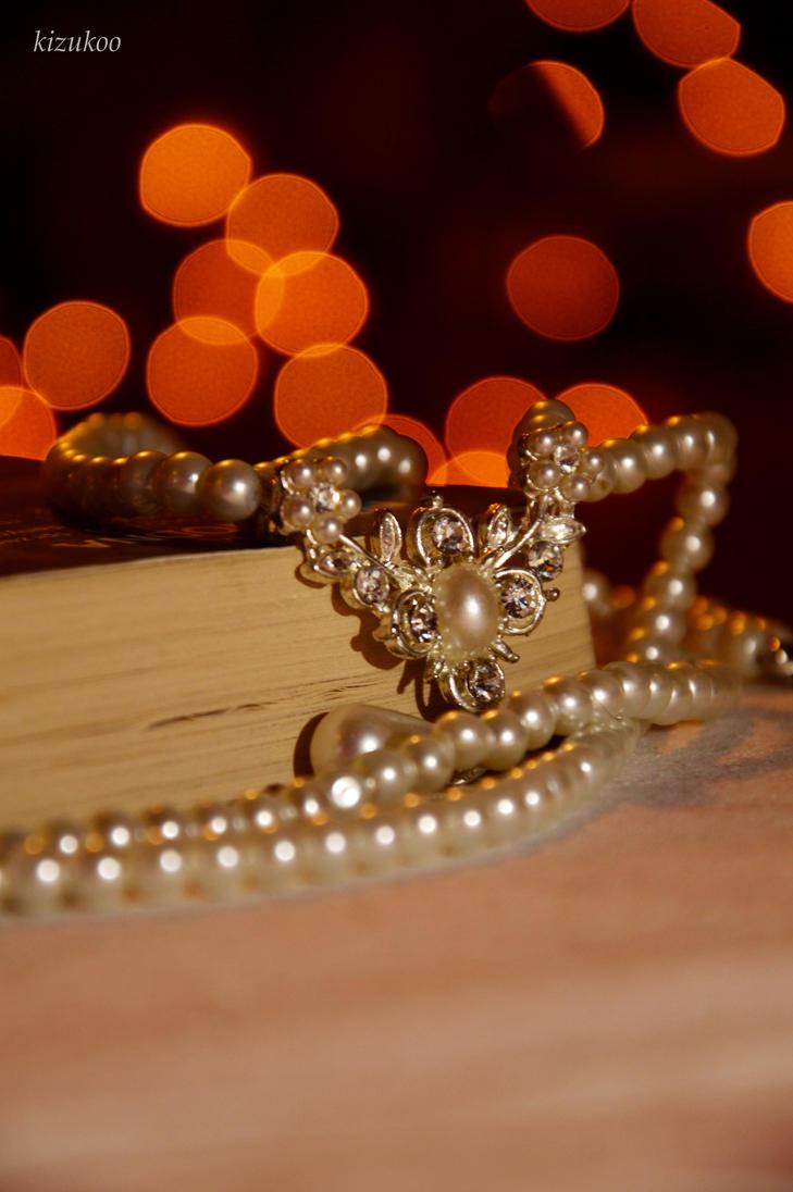 Pearls by kizukoo