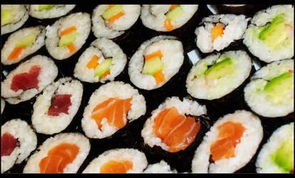 Sushi by Pimthida