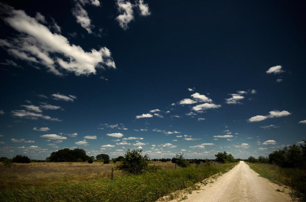 Central Texas Road by Konijntje