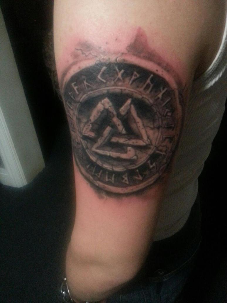 valknut tattoo by chrisboehler on deviantart