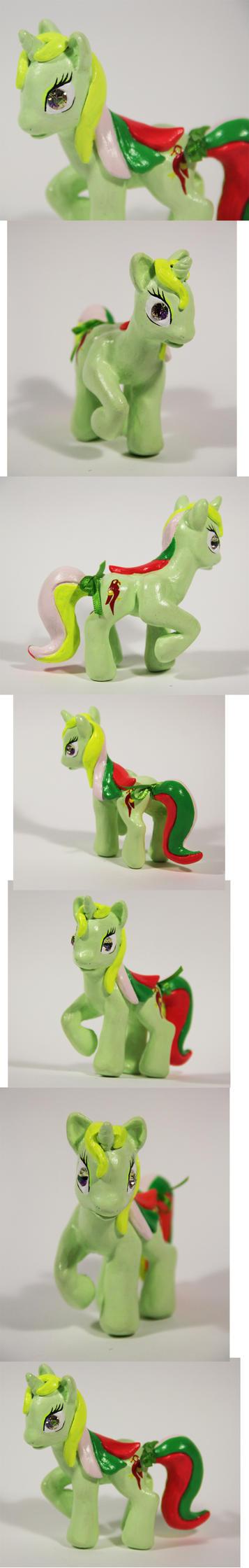 Mimic as G4 Pony by elfenkatze
