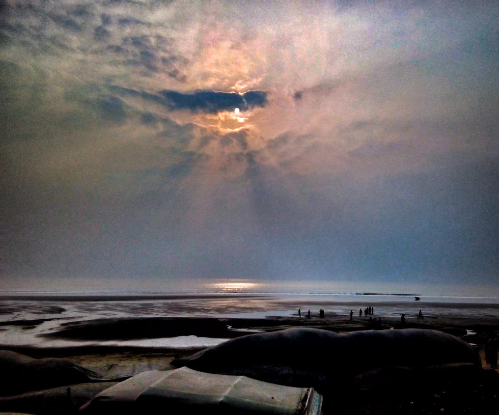 sea,sun set,reflection, shadow by zaharaesha