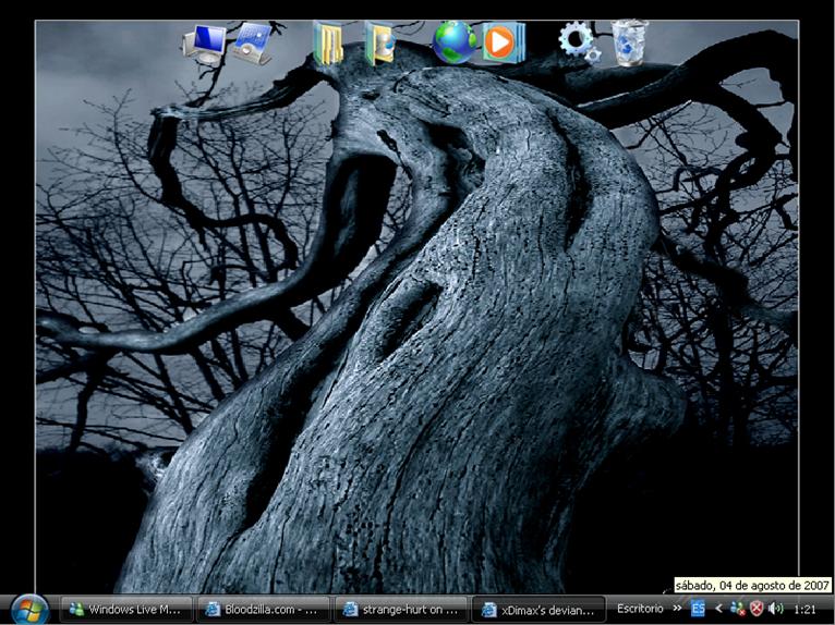 desktop by strange-hurt
