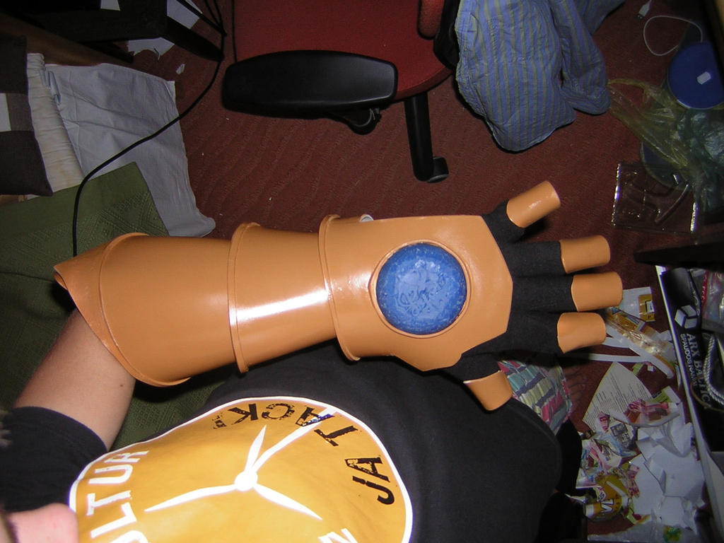 WIP: ezreal gauntlet by DanTheblackcat