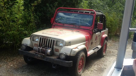 Jurassic Park Jeep by bigfootRULES