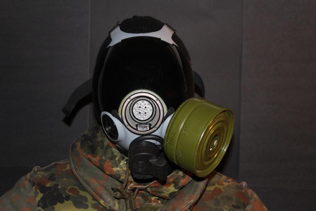 New gasmask by spartan4230