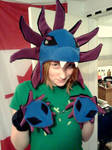 Hydreigon Hat and Mittens by fireflytwinkletoes