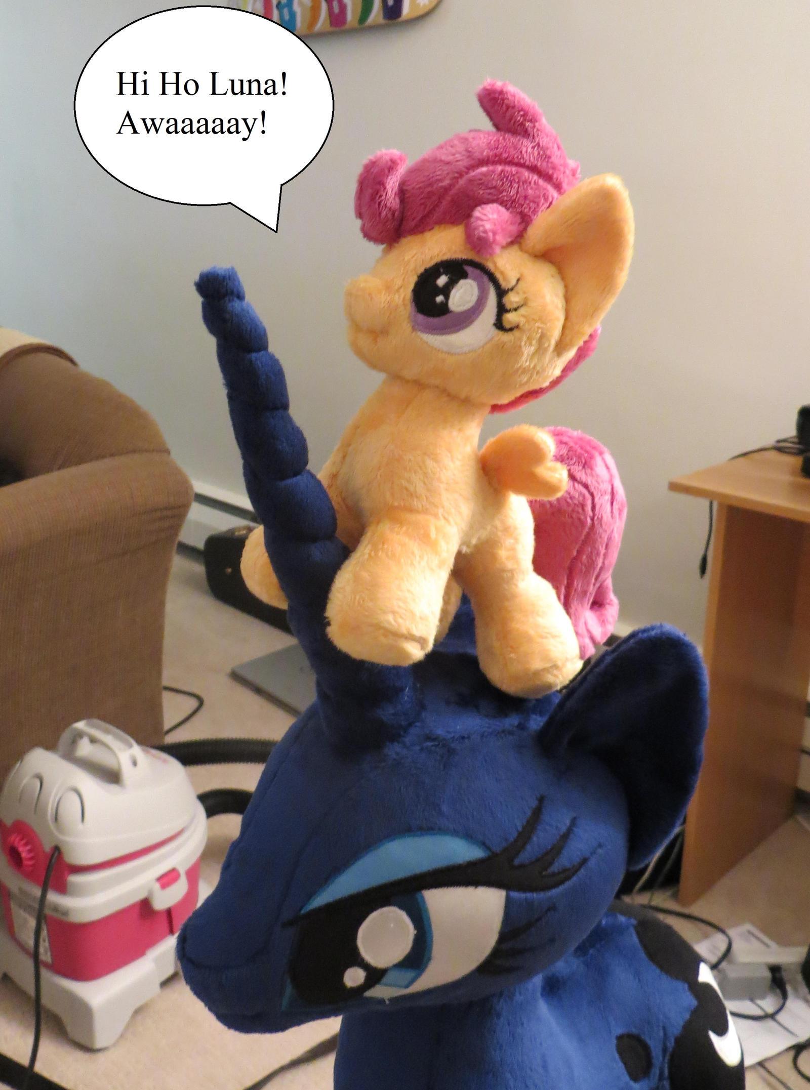 Go, Mecha Luna! by fireflytwinkletoes