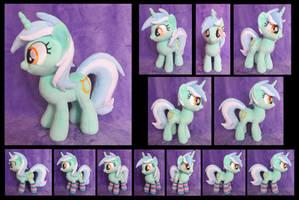 Lyra by fireflytwinkletoes