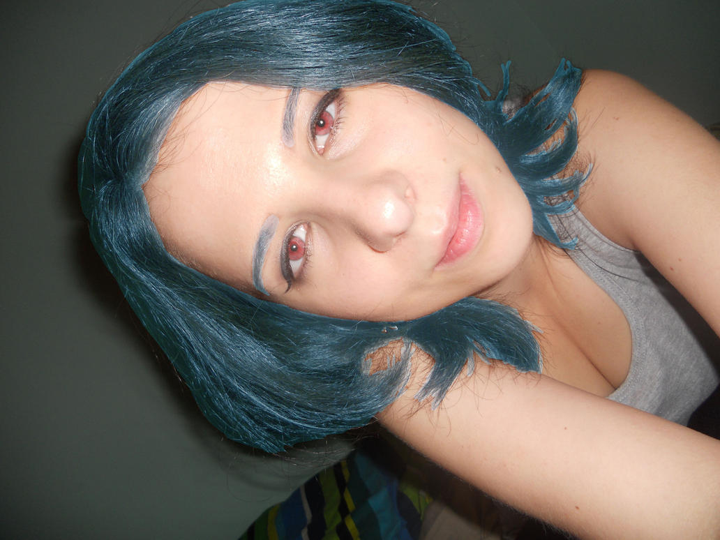 Me with Blue hair and Red eyes by Enike91