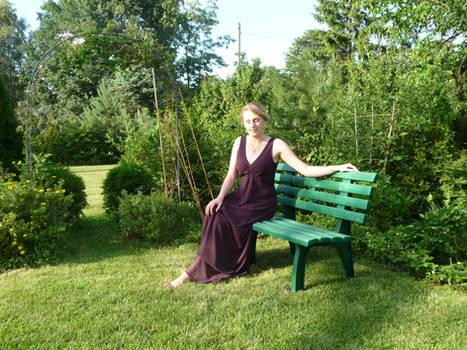 lady - garden bench 2