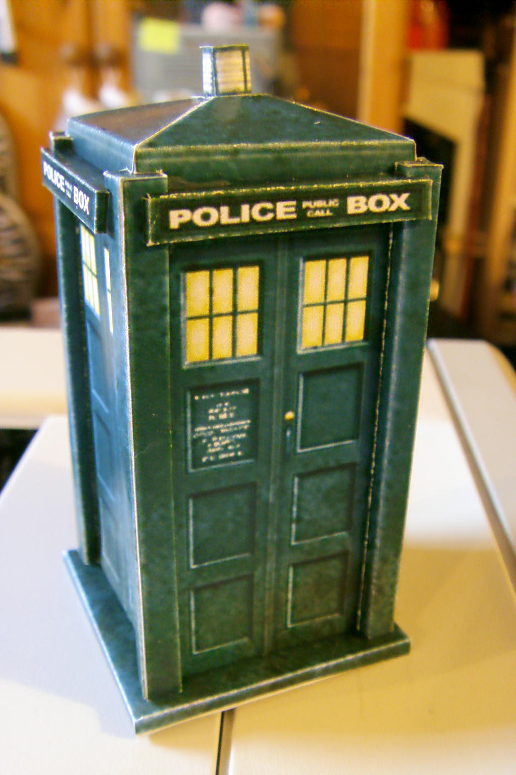 tardis papercraft by The-Bongmaster