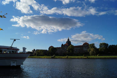 Dresden 12 by Fanir-Thuban