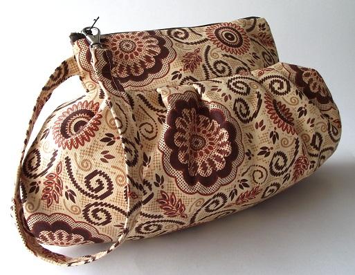 Wristlet Bag Clutch Zipper Pouch - Capuccino by LiliaVanini